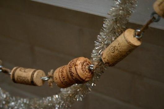 cork-garland